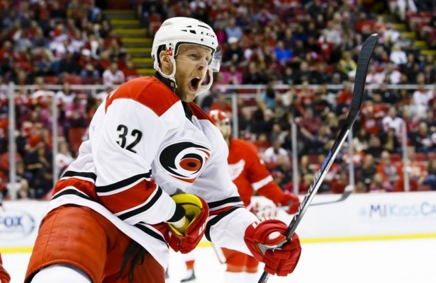 Forward Kris Versteeg traded to LA