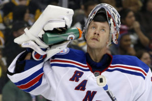 Winnipeg Jets interested in Raanta