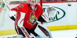 Which goalie the Ottawa Senators will keep?